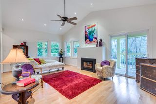 Photo 4: 569 CHAPMAN Avenue in Coquitlam: Coquitlam West House for sale : MLS®# R2204540