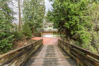 Main Photo: 569 CHAPMAN Avenue in Coquitlam: Coquitlam West House for sale : MLS®# R2204540