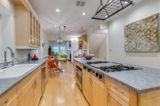 Photo 7: 569 CHAPMAN Avenue in Coquitlam: Coquitlam West House for sale : MLS®# R2204540