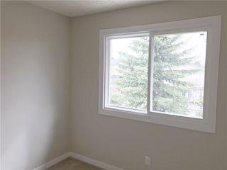 Photo 17: 652 DEER PARK Way SE in Calgary: Deer Run House for sale : MLS®# C4138267