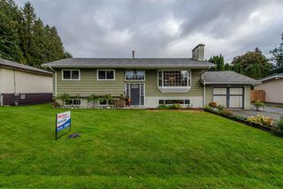 Photo 1: 33319 HOLLAND Avenue in Abbotsford: Central Abbotsford House for sale : MLS®# R2214006