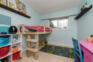Photo 10: 33319 HOLLAND Avenue in Abbotsford: Central Abbotsford House for sale : MLS®# R2214006