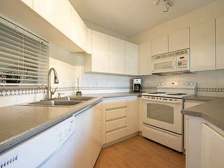 Photo 4: 210 8450 JELLICOE Street in Vancouver: Fraserview VE Condo for sale (Vancouver East)  : MLS®# V1138957