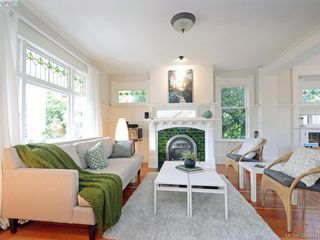 Photo 2: 1415 Monterey Ave in VICTORIA: OB South Oak Bay Single Family Detached for sale (Oak Bay)  : MLS®# 773110
