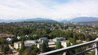 """Photo 7: 2109 280 ROSS Drive in New Westminster: Fraserview NW Condo for sale in """"The Carlyle"""" : MLS®# R2227782"""