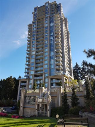 """Photo 1: 2109 280 ROSS Drive in New Westminster: Fraserview NW Condo for sale in """"The Carlyle"""" : MLS®# R2227782"""
