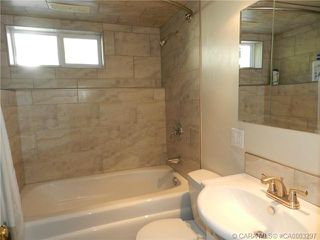 Photo 3:  in Red Deer: RR Sunnybrook Property for sale : MLS®# CA0003297