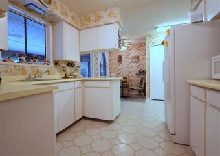 Photo 7: 6525 REID Road in Sardis: Sardis West Vedder Rd House for sale : MLS®# R2234413