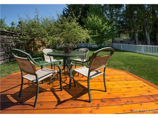 Photo 13: 2625 Doncaster Drive in VICTORIA: Vi Oaklands Residential for sale (Victoria)  : MLS®# 350994