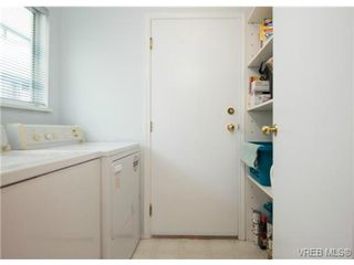 Photo 7: 2625 Doncaster Drive in VICTORIA: Vi Oaklands Residential for sale (Victoria)  : MLS®# 350994