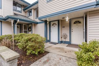 "Photo 2: 19 5664 208 Street in Langley: Langley City Townhouse for sale in ""The Meadows"" : MLS®# R2244817"