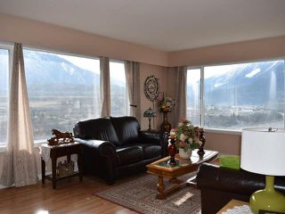 Photo 2: 320 PARK DRIVE in : Lillooet House for sale (South West)  : MLS®# 144945
