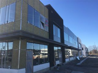 Photo 6: 407 Keele Centre Street in Vaughan: Concord Property for sale : MLS®# N4097573