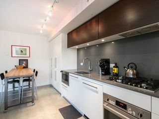 "Photo 3: 501 150 E CORDOVA Street in Vancouver: Downtown VE Condo for sale in ""INGASTOWN"" (Vancouver East)  : MLS®# R2270829"