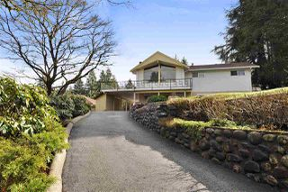 Photo 2: 40 BEDARD Crescent in Port Moody: College Park PM House for sale : MLS®# R2274750