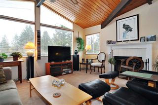 Photo 4: 40 BEDARD Crescent in Port Moody: College Park PM House for sale : MLS®# R2274750