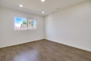 Photo 10: SAN DIEGO House for sale : 3 bedrooms : 3862 Coleman Avenue