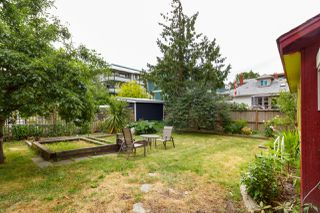 Photo 23: 1235/1237 Rudlin St in VICTORIA: Vi Fernwood Single Family Detached for sale (Victoria)  : MLS®# 791620