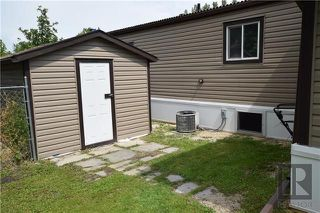 Photo 19: 8 CEDAR Crescent in St Clements: Pineridge Trailer Park Residential for sale (R02)  : MLS®# 1820053