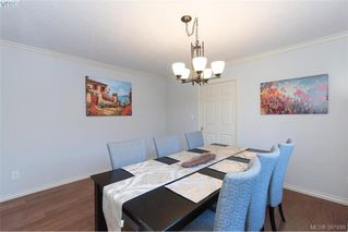 Photo 8: 1553 Eric Rd in VICTORIA: SE Mt Doug Single Family Detached for sale (Saanich East)  : MLS®# 796027