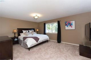 Photo 14: 1553 Eric Rd in VICTORIA: SE Mt Doug Single Family Detached for sale (Saanich East)  : MLS®# 796027