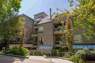 "Main Photo: 203 1500 PENDRELL Street in Vancouver: West End VW Condo for sale in ""Pendrell Mews"" (Vancouver West)  : MLS®# R2306171"