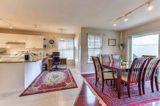 """Photo 9: 40 12165 75 Avenue in Surrey: West Newton Townhouse for sale in """"STRAWBERRY HILL ESTATES"""" : MLS®# R2320818"""