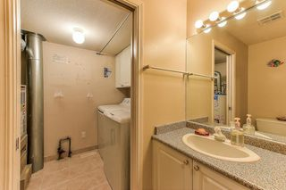 """Photo 11: 40 12165 75 Avenue in Surrey: West Newton Townhouse for sale in """"STRAWBERRY HILL ESTATES"""" : MLS®# R2320818"""