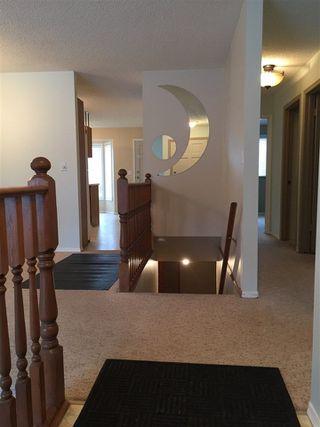 Photo 3: 33 Dayton Crescent: St. Albert House for sale : MLS®# E4136356