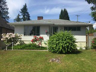 Photo 1: 1693 SMITH Avenue in Coquitlam: Central Coquitlam House for sale : MLS®# R2333699