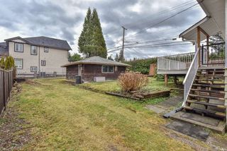 Photo 13: 1693 SMITH Avenue in Coquitlam: Central Coquitlam House for sale : MLS®# R2333699