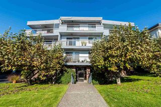 Photo 1: 306 134 W 20TH Street in North Vancouver: Central Lonsdale Condo for sale : MLS®# R2337179