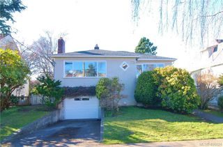 Photo 1: 330 Richmond Ave in VICTORIA: Vi Fairfield East Single Family Detached for sale (Victoria)  : MLS®# 806898