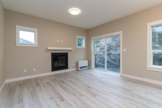 Photo 3: 2408 Chilco Road in : VR Six Mile Single Family Detached for sale (View Royal)  : MLS®# 408100