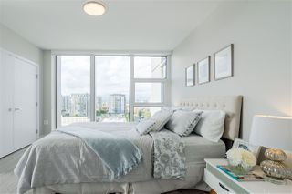 "Photo 10: 1202 6533 BUSWELL Street in Richmond: Brighouse Condo for sale in ""ELLE"" : MLS®# R2365936"