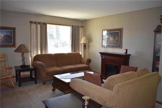 Photo 2: 627 Melrose Avenue West in Winnipeg: West Transcona Residential for sale (3L)  : MLS®# 1911226