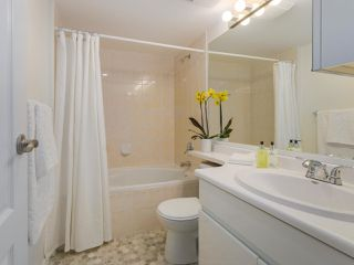 """Photo 9: 104 825 W 15TH Avenue in Vancouver: Fairview VW Condo for sale in """"The Harrod"""" (Vancouver West)  : MLS®# R2366415"""