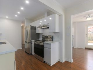 """Photo 6: 104 825 W 15TH Avenue in Vancouver: Fairview VW Condo for sale in """"The Harrod"""" (Vancouver West)  : MLS®# R2366415"""