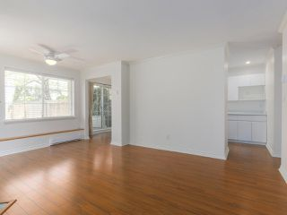 """Photo 4: 104 825 W 15TH Avenue in Vancouver: Fairview VW Condo for sale in """"The Harrod"""" (Vancouver West)  : MLS®# R2366415"""