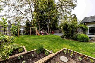 Photo 8: 1429 FREDERICK Road in North Vancouver: Lynn Valley House for sale : MLS®# R2369428
