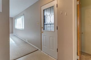 Photo 2: 7524 77 Avenue in Edmonton: Zone 17 House for sale : MLS®# E4156959