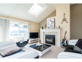 "Photo 5: 18 1767 130 Street in Surrey: Crescent Bch Ocean Pk. Townhouse for sale in ""San Juan Gate"" (South Surrey White Rock)  : MLS®# R2369934"