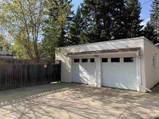 Photo 30: 10327 GLENORA Crescent in Edmonton: Zone 11 House for sale : MLS®# E4157122