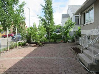 Photo 4: 10668 96 Street in Edmonton: Zone 13 House for sale : MLS®# E4161098