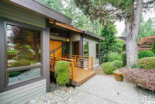 "Main Photo: 6521 SUNSHINE Drive in Delta: Sunshine Hills Woods House for sale in ""Sunshine Hills"" (N. Delta)  : MLS®# R2385306"