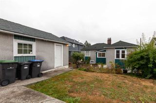 Photo 19: 1905 EIGHTH Avenue in New Westminster: West End NW House for sale : MLS®# R2401990