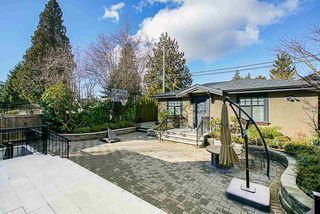 Photo 19: 1707 W 62ND Avenue in Vancouver: South Granville House for sale (Vancouver West)  : MLS®# R2404636