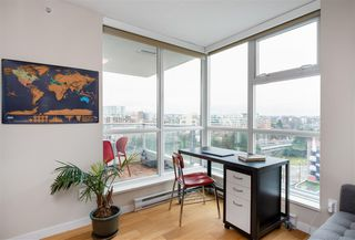 """Photo 13: 1202 125 MILROSS Avenue in Vancouver: Downtown VE Condo for sale in """"Creekside"""" (Vancouver East)  : MLS®# R2432761"""
