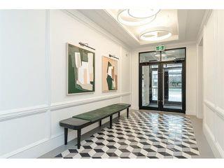 Photo 1: 412 10168 149 Street in Surrey: Guildford Condo for sale (North Surrey)  : MLS®# R2432762