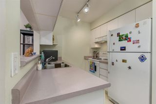 "Photo 6: 707 3489 ASCOT Place in Vancouver: Collingwood VE Condo for sale in ""Regent Court"" (Vancouver East)  : MLS®# R2441538"